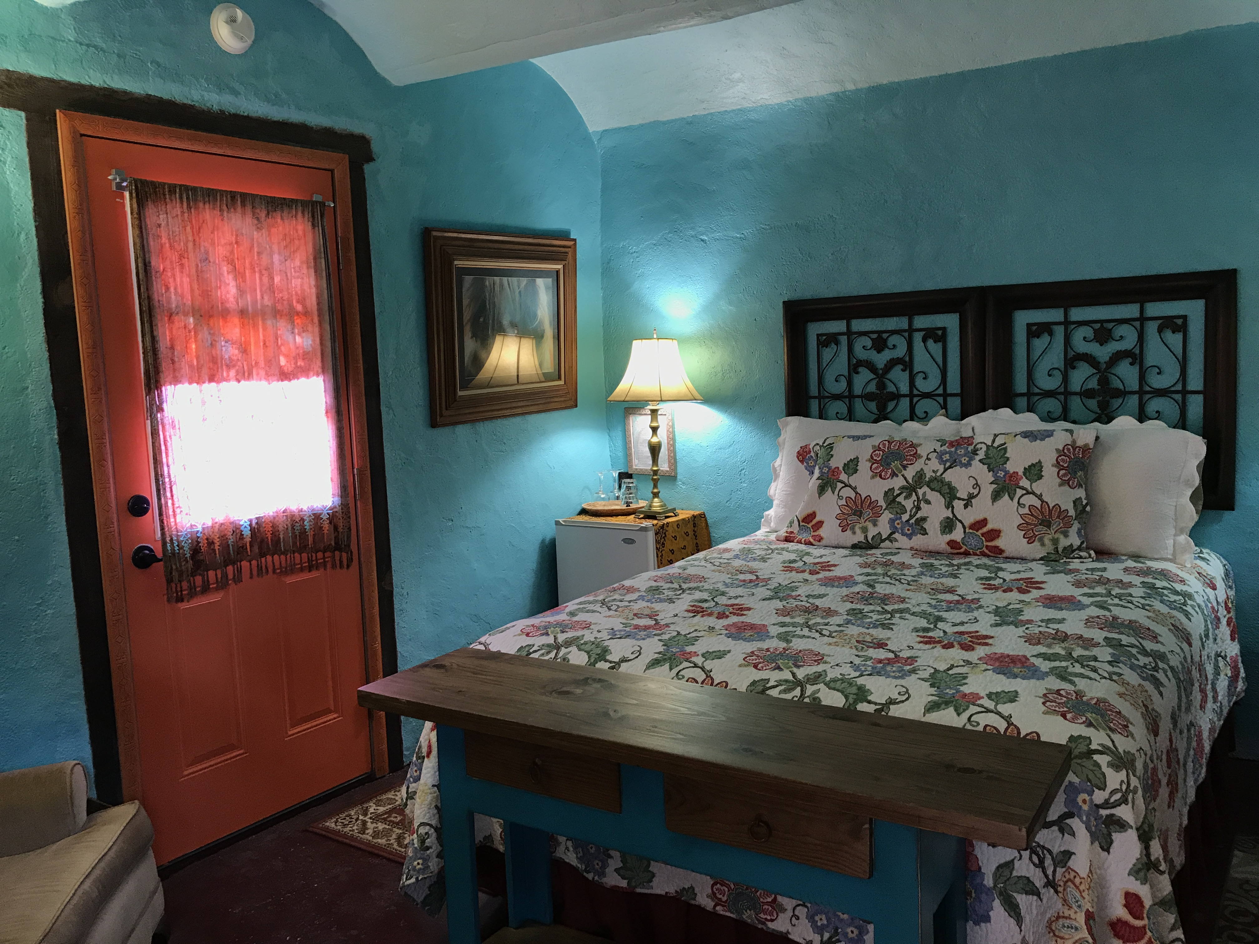 Rooms and rates eve 39 s garden bed and breakfast for Rooms under the garden